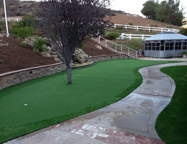 Artificial Putting Greens - Coronado Best Turf Landscapes, San Diego
